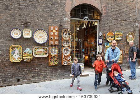 Italy Souvenir Shop