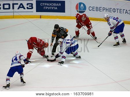 Y. Koksharov (27) And P. Datsyuk (13) On Faceoff