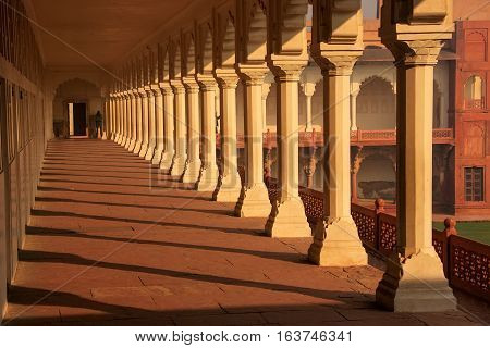 Colonnade Walkway Leading To Diwan-i- Khas (hall Of Private Audience) In Agra Fort, Uttar Pradesh, I