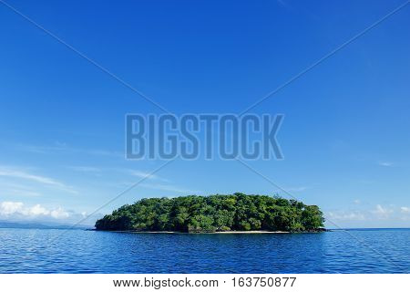 Small island off the coast of Taveuni Fiji. Fiji is an archipelago of more than 330 islands