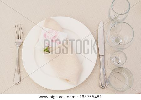 Bride tableset of white plates and dishes
