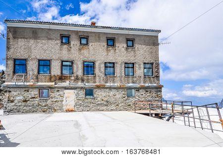 Hdr Rifugio Torino In Aosta Valley