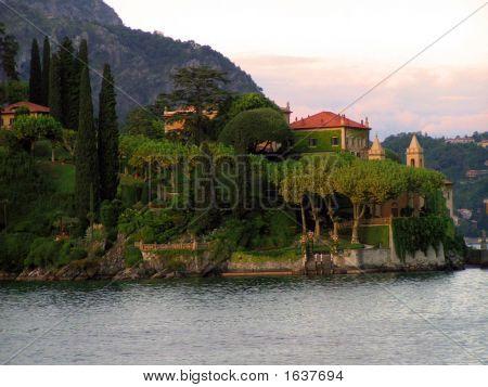 Villa On Peninsula