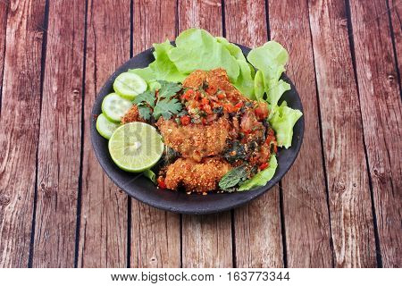 Spicy Sour Fried Chicken Salad Call Yum Kai Zap - Thai.