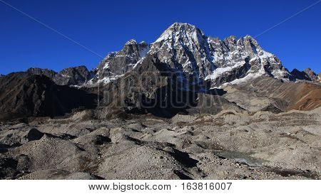 Scene on the way from Dragnag to Gokyo Nepal.