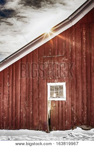 Vintage, Americana red barn with sunburst in high definition