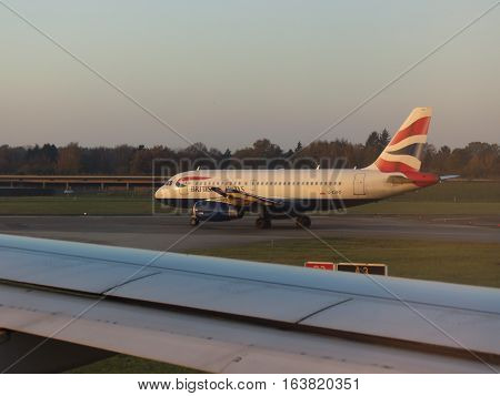 British Airways Airbus A319 Taxiing In Hamburg