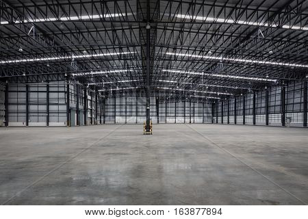 Construction of empty modern warehouse for distribution goods.