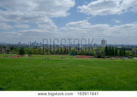 the hampstead heath park in London during the morning
