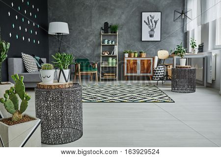 Flat With Decorative Metal Accessories