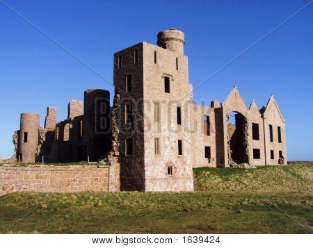 Slains Castle Dracula