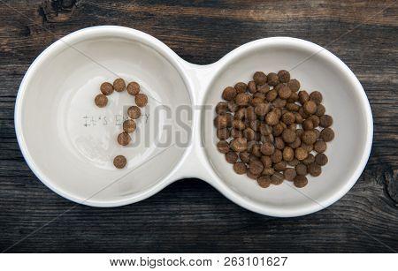 Dog Food Question Symbol Wooden Sharp Table Studio