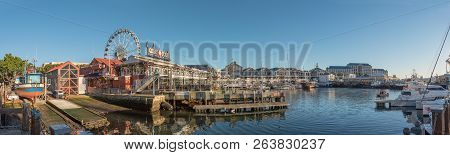 Cape Town, South Africa, August 9, 2018:  Panorama Of The Harbor And The Victoria And Alfred Waterfr