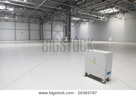 Power supply in large modern storehouse