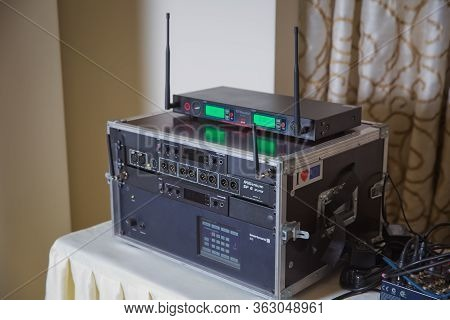 Millenium Sp 8 Splitter . Beyerdynamic Sis . Hearing Protection . This Dual Interpreter Console Is D