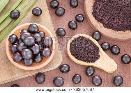 Acai Powder And Berries - Euterpe Oleracea