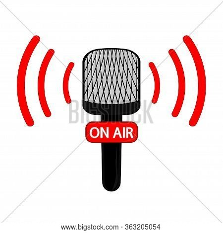 Vector Microphone Flat Icon. Online News, Radio Broadcasting. On Air. Vector Live Report Concept, Li