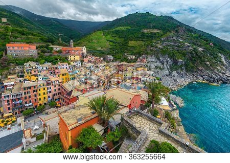 Vernazza Resort Panorama View From The Tower Of Doria Castle. Colorful Mediterranean Houses, Gardens