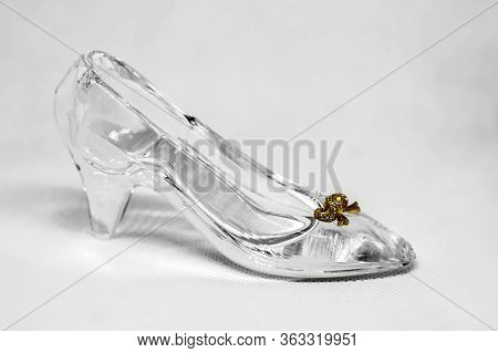 Crystal Women's Shoes With High Heels,  Glass Shoes Close-up