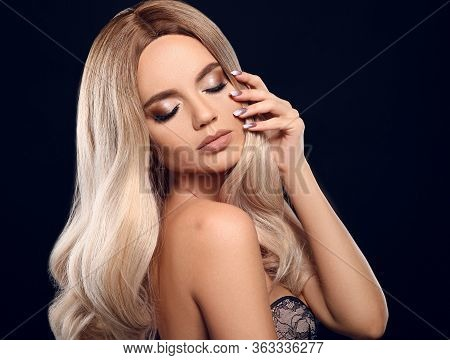 Ombre Blond Curly Hair. Beauty Fashion Blonde Woman Portrait. Beautiful Girl Model With Makeup, Long