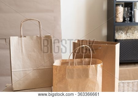 Delivery Packing Bag Box Craft Pack Paper Shelf Market