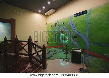 Sing Buri, Thailand - November 17, 2019 : Visited To The Historical Museum Of Bang Rachan Fort Heroe