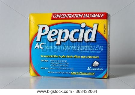 Montreal, Ca - 27 April 2020: Box Of Pepcid Ac Antacid Over-the-counter Medicine (in French Language