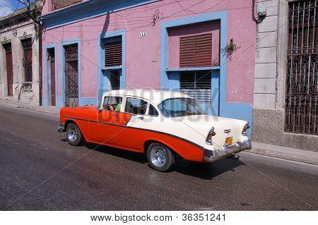 Cuba - Old Car