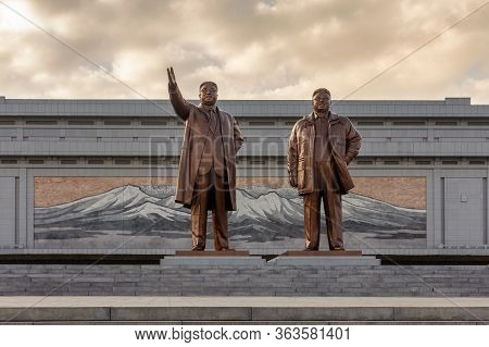 Pyongyang / Dpr Korea - November 12, 2015: Bronze Statues Of Deceased Supreme North Korean Leaders K