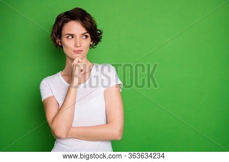 Photo Of Attractive Lady Short Wavy Hairdo Look Interested Side Empty Space Have Creative Idea Crazy