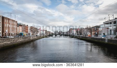 Mix Of Modern And Old Architecture Along The Liffey River In Dublin