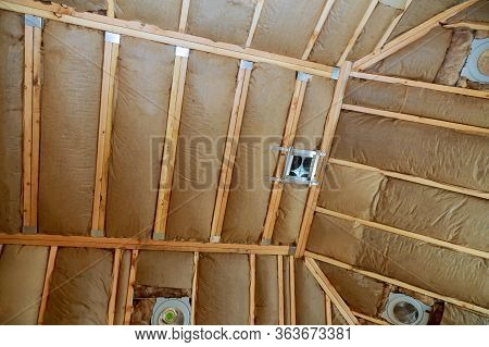 Coveringcovering Insulation Mineral Wool With The Use Of Attic With Fiberglass Cold Barrier Insulati