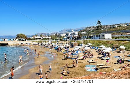 Hersonissos, Greece - July 14, 2016: Many People Enjoy A Summer Day At The Star Beach Of Hersonissos