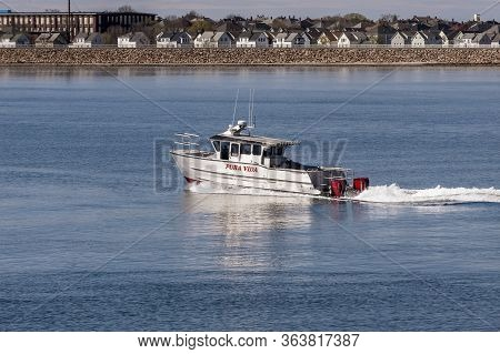 New Bedford, Massachusetts, Usa - April 29, 2020: Twin-hull Powerboat Pura Vida, Hailing Port Cuttyh