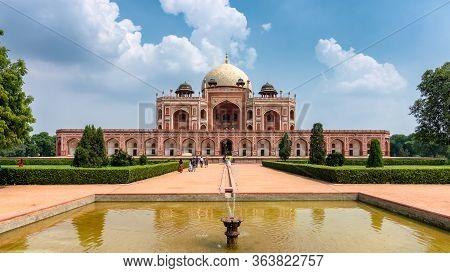 Humayun's Tomb, Mausoleum Of The Mughal Emperor Humayun In New Delhi, India