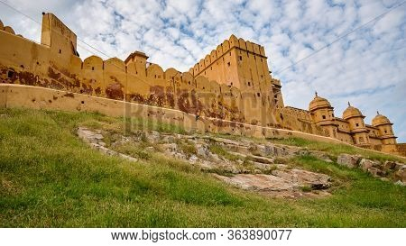 Old Historic Amer Fort In Jaipur, Rajasthan, India