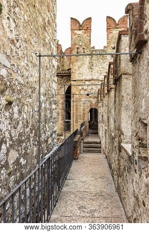 Sirmione, Italy - October 01, 2015 : The Protected Passage On The Fortress Of The Castello Scaligero