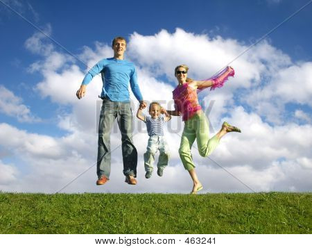 Fly Happy Family