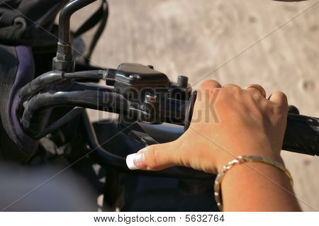 Manicure  and motor sport