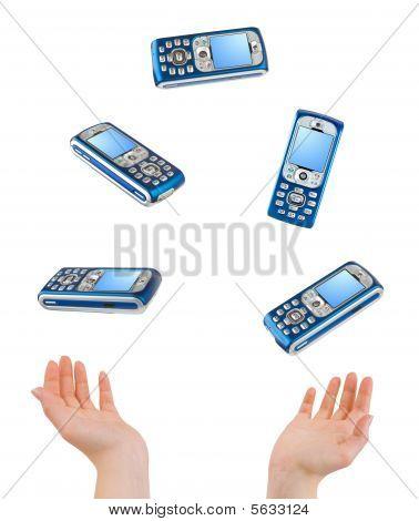 Manos malabarismo y teléfonos
