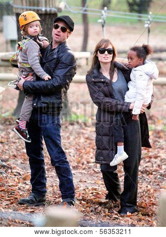 BRAD PITT, ANGELINA JOLIE WITH THEIR CHILDREN