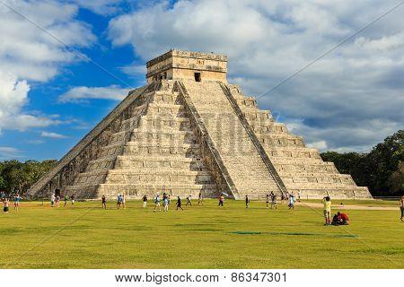 Chichen-Itza (Chichen Itza), Mexico