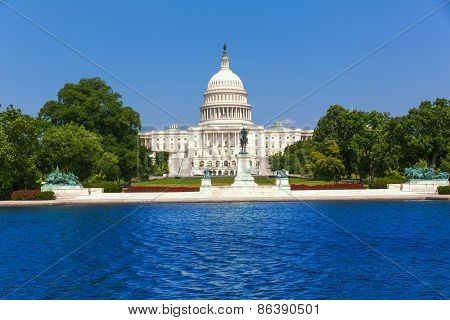 Capitol building Washington DC sunlight USA US congress pool