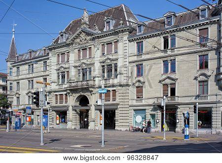 Schauspielhaus Zurich Building