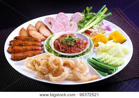 Mix Northern Thai food - Sai Aua (Northern Thai Spicy Sausage), Naem (Sour pork), Cab-Moo (pork snac