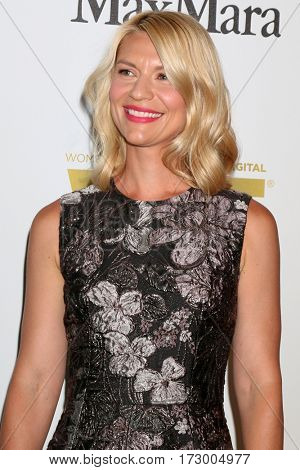 LOS ANGELES - JUN 15:  Clare Danes at the Women In Film 2016 Crystal and Lucy Awards at the Beverly Hilton Hotel on June 15, 2016 in Beverly Hills, CA