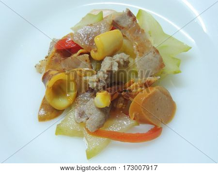 Sour Fruit salad with pork and seafoods