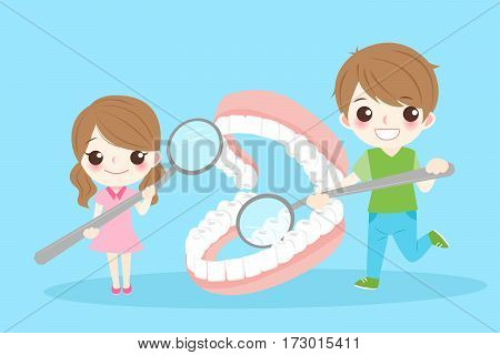 cute cartoon children take mirror and check tooth