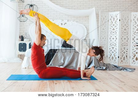 Young people involved in sports in the morning in her bedroom.