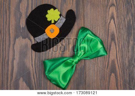Black Hat Bowler, Quatrefoil St. Patrick Clover, Green Bow Tie